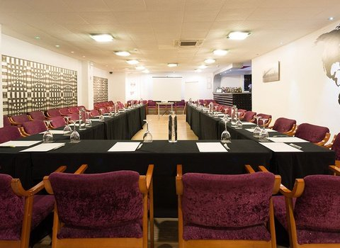 The Familia Conde Hotel has a meeting room for events ...